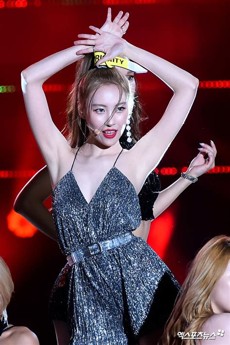 Tall Female Idols With Gorgeous Silhouettes When They