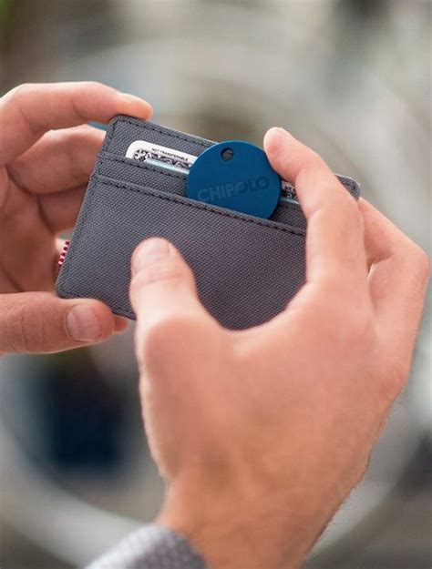 Chipolo Plus - The World's Loudest Bluetooth Tracker