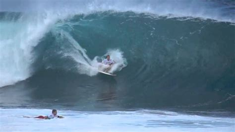 Biggest Pipeline Masters Surf Ever - YouTube