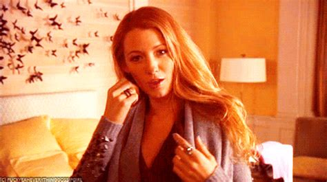Blake Lively GIFs - Find & Share on GIPHY