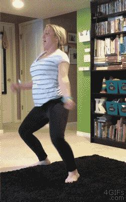 21 Hilarious Yet Highly Inappropriate GIFs - Barnorama
