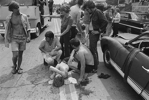 17 pictures that prove Woodstock was far crazier than any